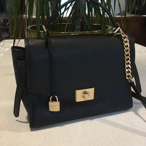 Michael Kors Cassie Medium Messenger Leather Bag